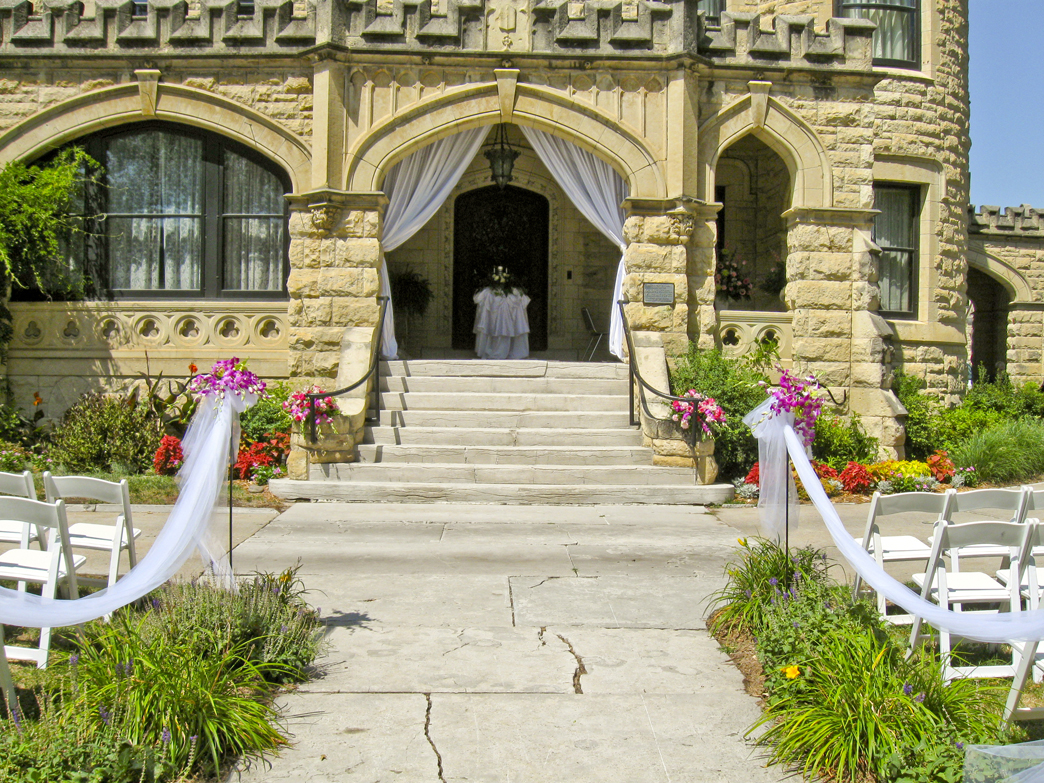 Joslyn wedding 006 united rent all omaha for Wedding dress rental omaha